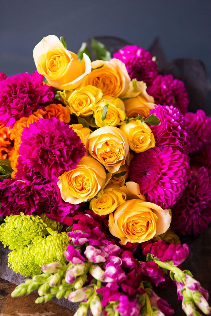 valentines-day-bright-newfarm-florist
